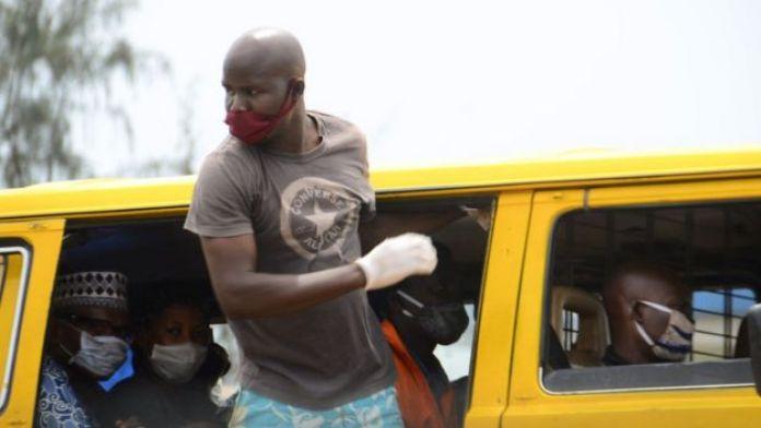 Taxi-bus au Nigeria