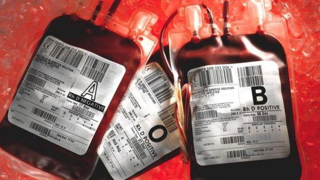 تتجدد خلايا الدم الحمراء عادة كل بضعة أشهر، في حين أن بعض الخلايا الأخرى، مثل الخلايا العصبية لا تتجدد أبدا