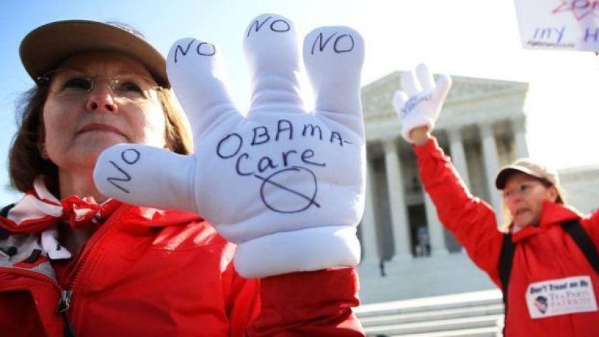 Anti-Obamacare protestors gather at the Supreme Court.
