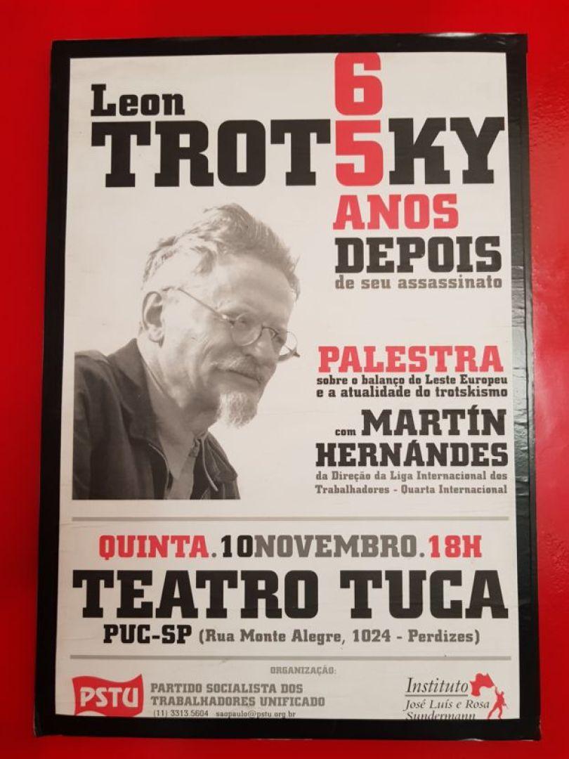 Cartaz na sede do PSTU em São Paulo