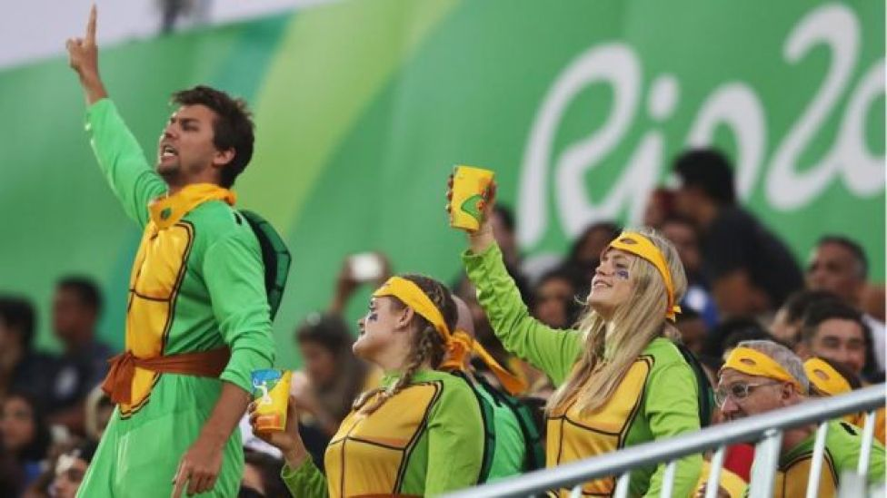Arenas olímpicas não são espaço para debate de ideias políticas, diz professor Ronaldo Macedo
