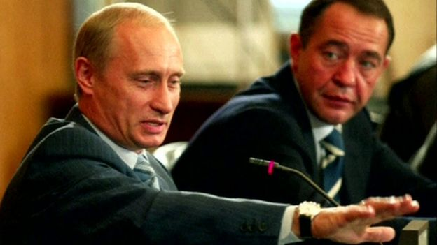 RUSSIAN PRESIDENT VLADIMIR PUTIN AND THEN-MASS MEDIA MINISTER, MIKHAIL LESIN, AT NEWS CONFERENCE - 22 January 2002