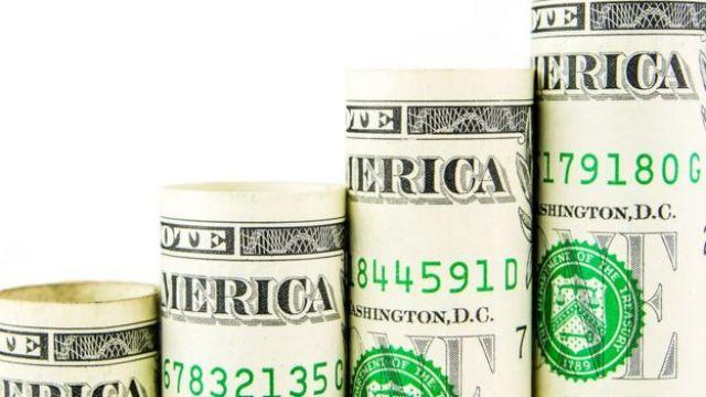 Billetes de dólares
