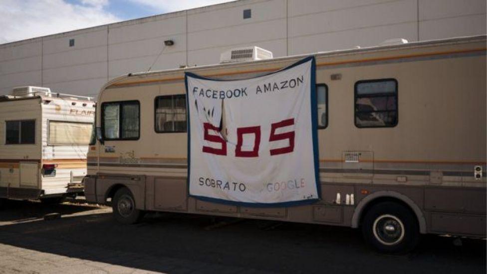 RVs line Bay Road in East Palo Alto, California