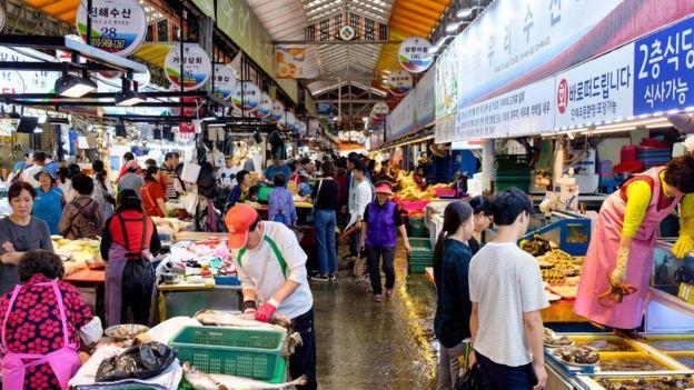 ارتفع الحد الأدنى للأجور في كوريا الجنوبية بنسبة 16.4 في المئة عام 2018 مع توقعات بزيادة قدرها 10.9 في المئة لعام 2019