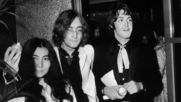 Yoko Ono, JOhn Lennon y Paul McCartney