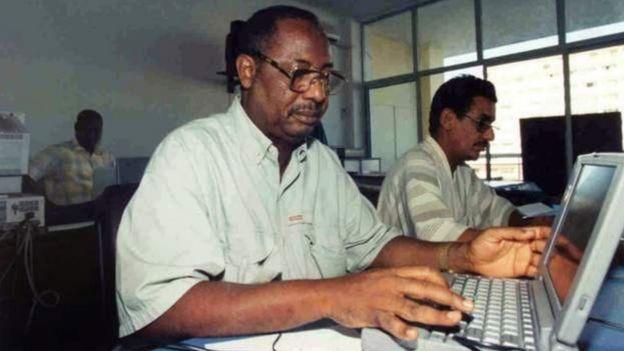 Deyda Hydara (au premier plan) a été abattu en décembre 2004 à Banjul.