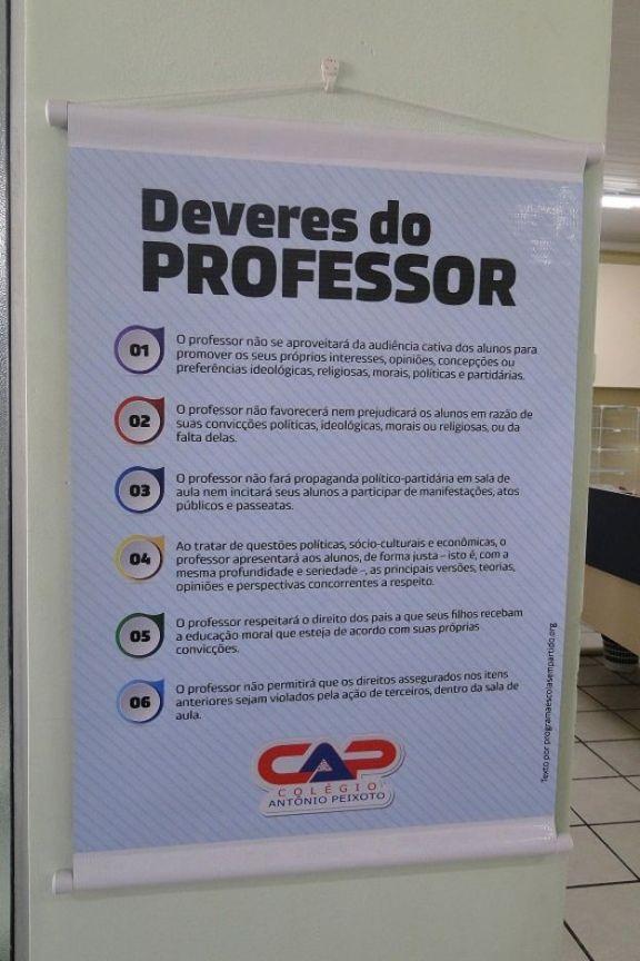 Cartaz sobre os seis deveres do professor