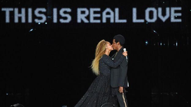 Le rappeur américain Jay-Z et sa femme Beyoncé, méga-star de la musique.