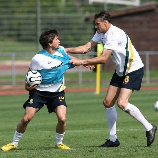 Des footballeurs australiens à l'entraînement