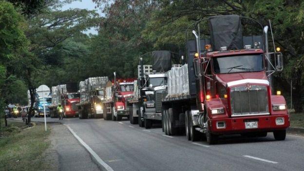 Camiones con la ayuda humanitaria