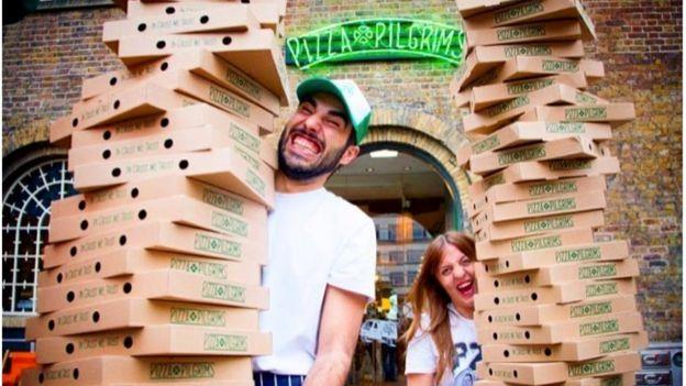 أجبر الإغلاق أصحاب بيتزا بلغريمز على التفكير بصورة مبتكرة