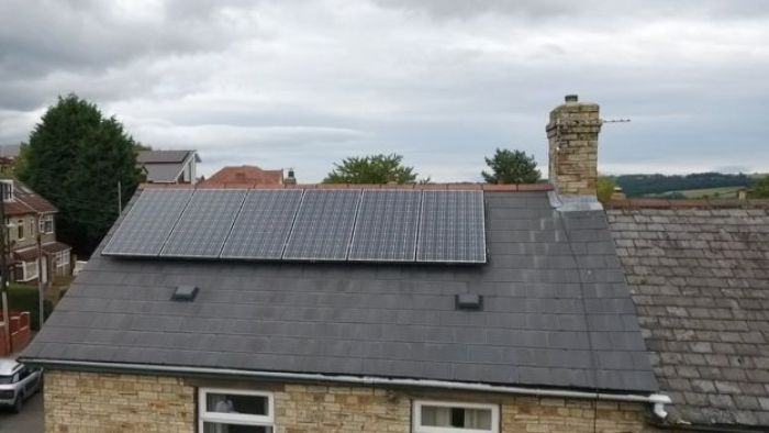 The Financial Services Ombudsman said it had received 2,000 complaints about solar panels