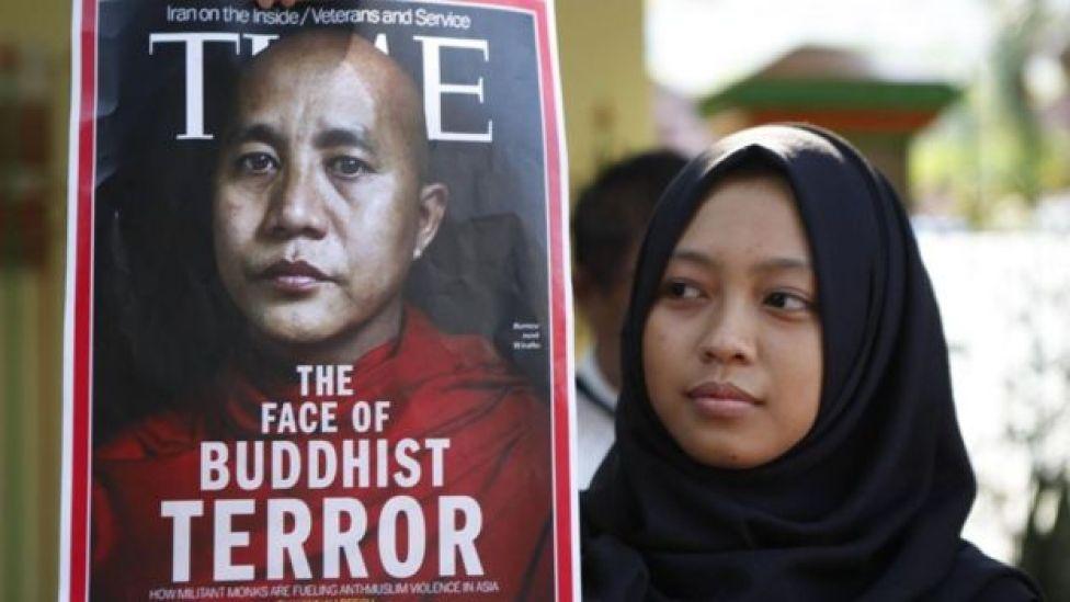 Wirathu ayaa lagu tilmaama ninka si weyn ugu soo horjeeda muslimiinta balse waxaa uu ku anddacooday inuu difacaayo dhaqanka iyo diinta Buddhist