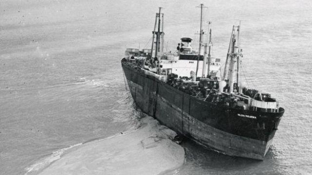 El buque de carga Helena Modjeska