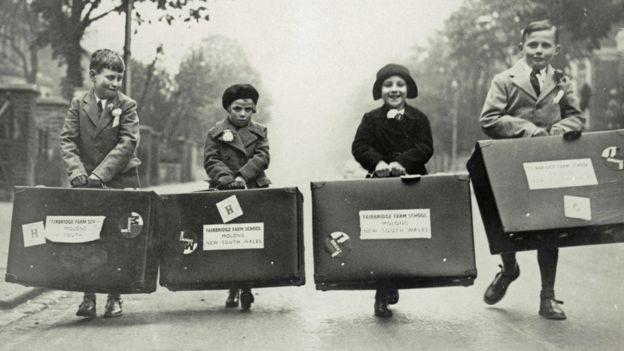 Children en route for emigration to Australia