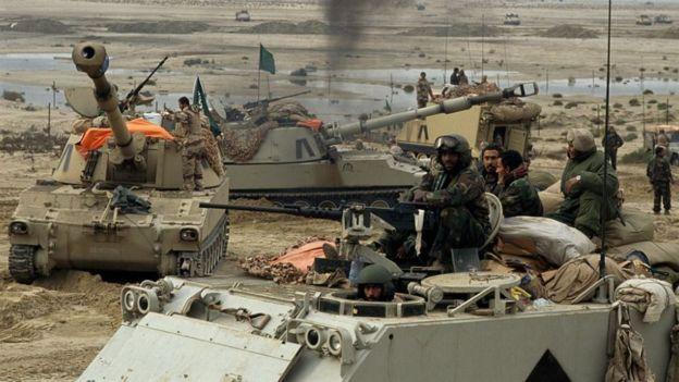 القوات الامريكية والسعودية تدخل الكويت في حرب الخليج الاولى ام 1992