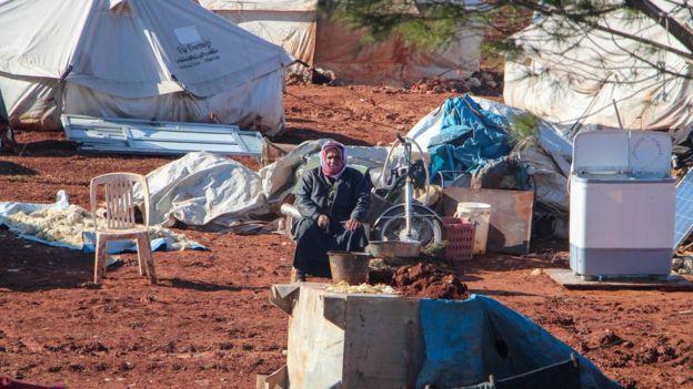 Un desplazado sirio en un campo cerca de Bab al-Hawa.