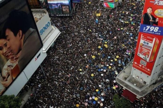Hong Kong gösteriler