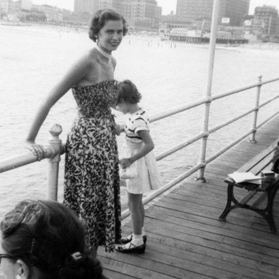 Edith nos anos 1950, nos EUA