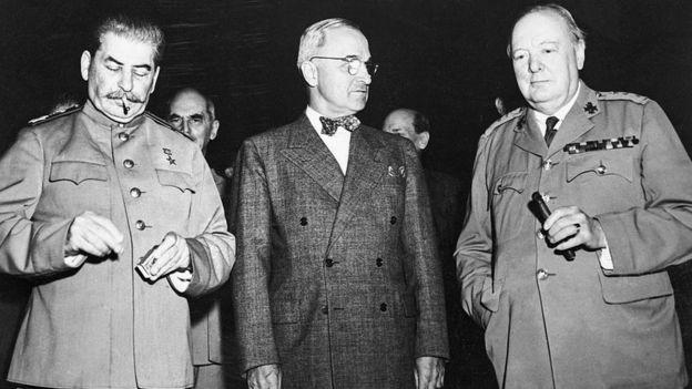 Josef Stalin, Harry S. Truman y Winston Churchill.