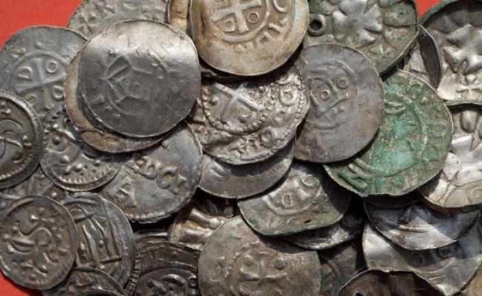 Algunas de las monedas halladas.