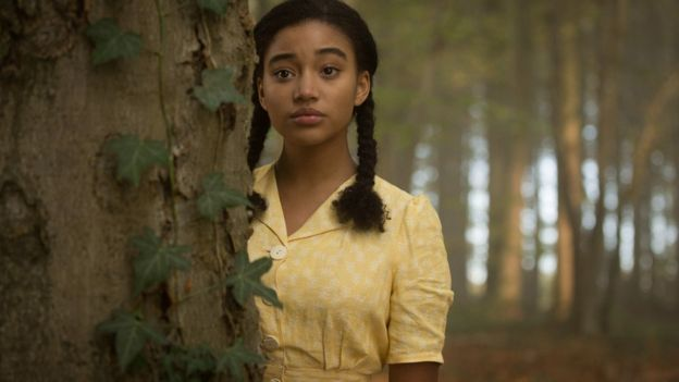 Amandla Stenberg dans ''Where Hands Touch''.