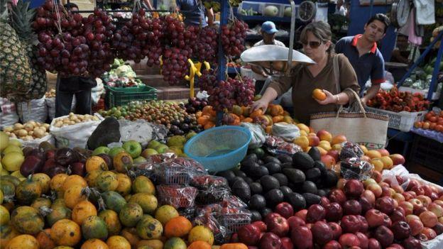 La disputa comercial encareció el aguacate en Costa Rica.