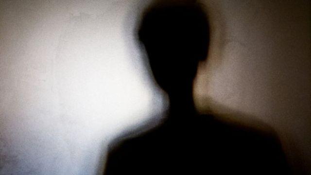 Sombra de uma mulher