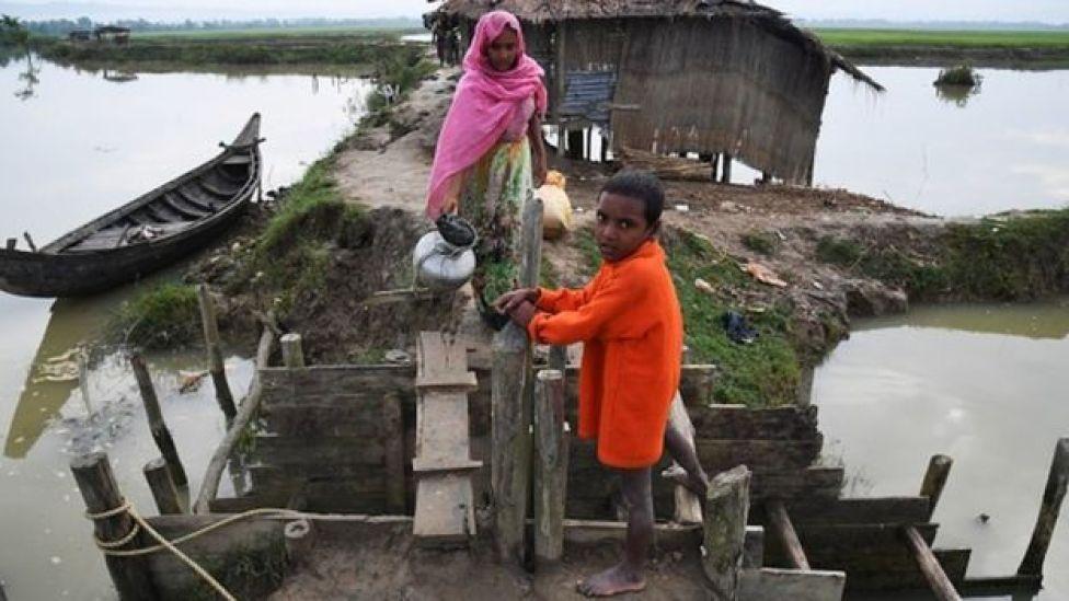 Qaxootiga Musliminta Rohingya oo goob ku xanniban