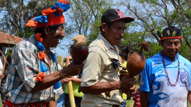 Mourners at Semiao's funeral 08 September 2015
