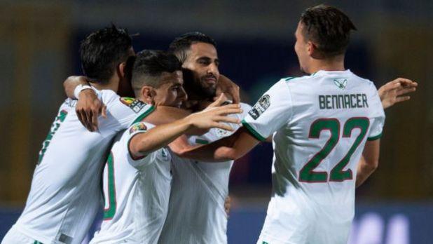 Des joueurs de l'équipe de algérienne