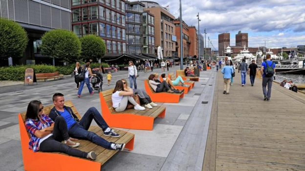 Oslo's 12km-long 'Stranden' waterfront promenade offers pedestrians car-free walks; during Norway's biting winters, the special pavement withstands temperatures of -25 degrees