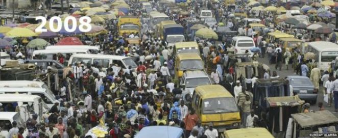 Buses and crowds in Oshodi market in Lagos, Nigeria - 2008