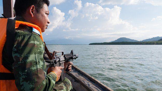 Thai soldiers patrol Ranong