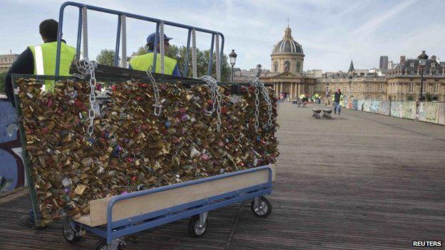 paris love locks removed
