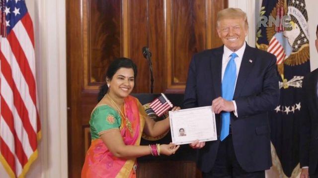 सुधा सुन्दरी नारायणन् लाई नागरिकता प्रदान गर्दै ट्रम्प