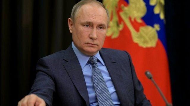 قال بوتين إن اللقاح الروسي من بين أكثر اللقاحات موثوقية وأمانا