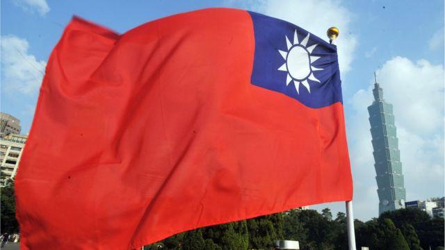 台灣正尋求美國愈來愈多的政治和軍事支持。