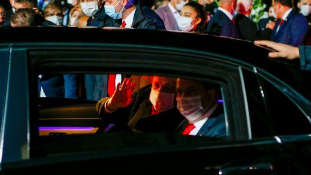 Erdoğan ve Türk kesimi lideri Tatar araçta