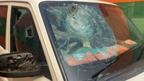 The attack on the convoy of BJP president JP Nadda has sparked controversy between the central and state governments.