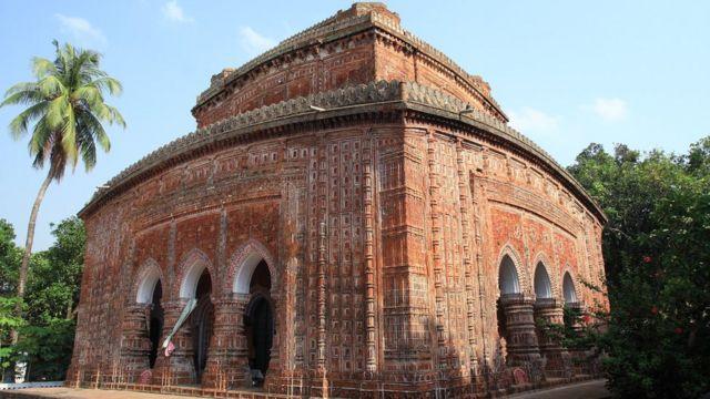 দিনাজপুরের কান্তজীর মন্দির।