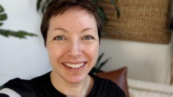 Melissa Holdren은 최근 처음으로 주식에 투자했습니다.