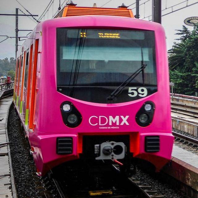 Un tren del Metro de Ciudad de México