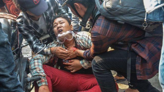 Myanmar'da darbe karşıtı eylemlerin en kanlı günü