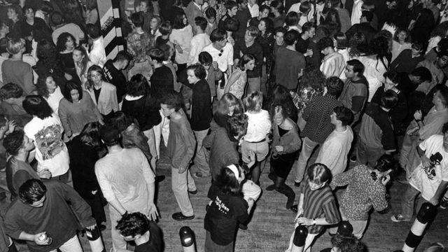 Hacienda nightclub in 1990