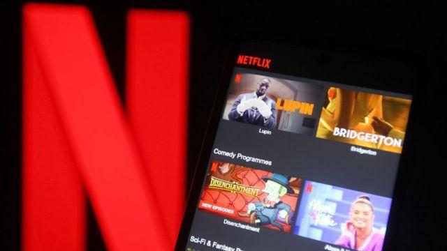 منصة نيتفليكس لعرض المسلسلات والأفلام