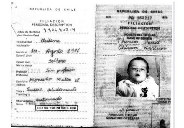 Carta de identidad de Daniel al nacer.