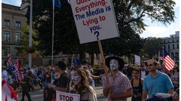 أنصار الرئيس ترامب في مسيرة احتجاجية في ولاية جورجيا