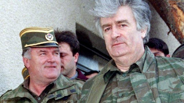 Mladic (left) and Radovan Karadzic